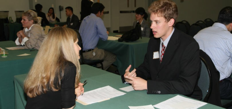 Listen Up Gen Y: What NOT To Do During An Interview!
