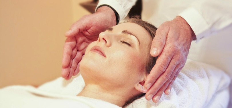 What Is Reiki and What Happens During a Session?
