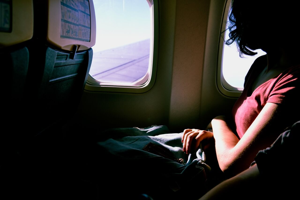 5 Traveling Career Options for Jet-Setting Millennial Women