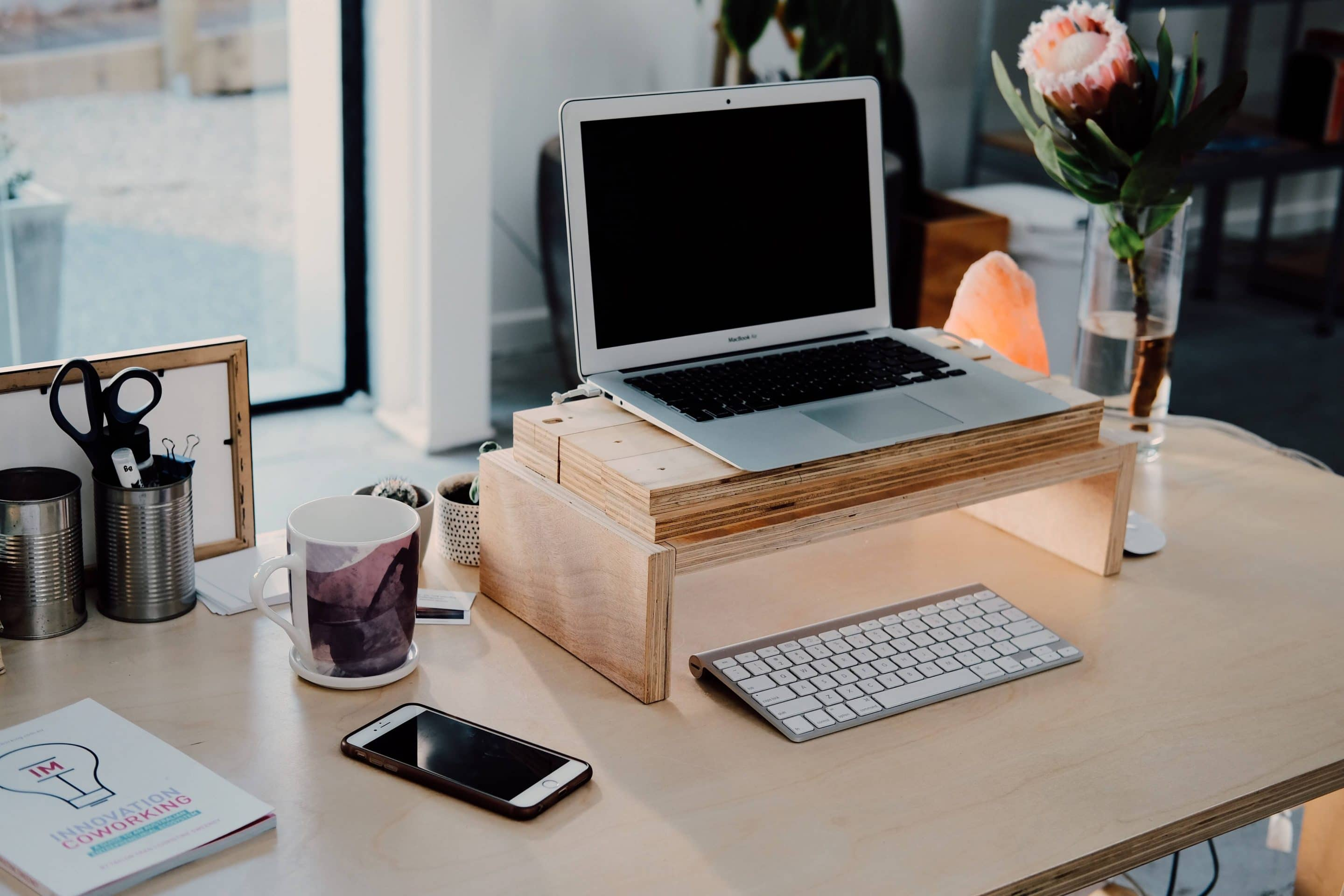 How to Create Your Home Workspace in 7 Steps
