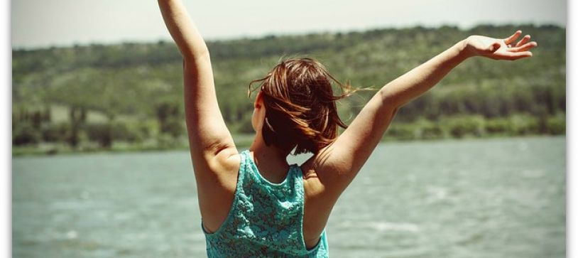 6 Afternoon Energy Boosters To Help You Get Through the Day