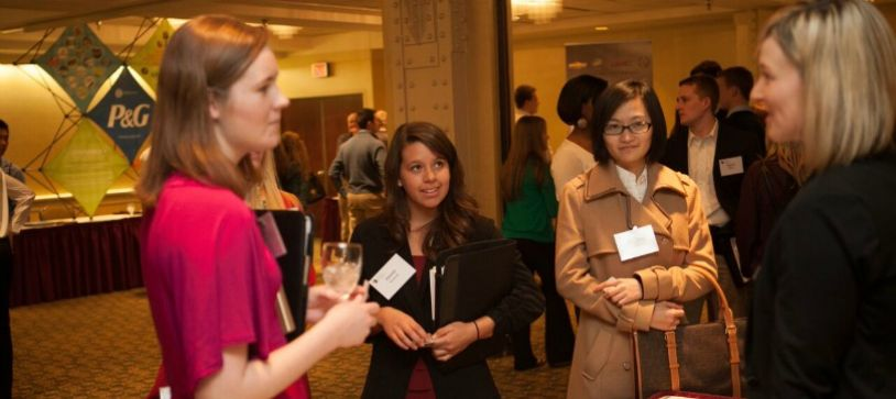 Quick Guide: How to Network at Networking Events